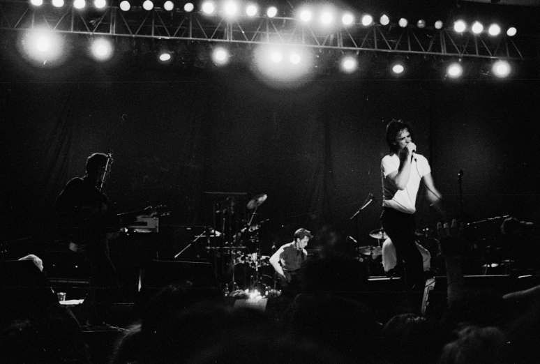vg a051 bw 20 st 1998 nick cave and the bad seeds at rockwave festival - Copy
