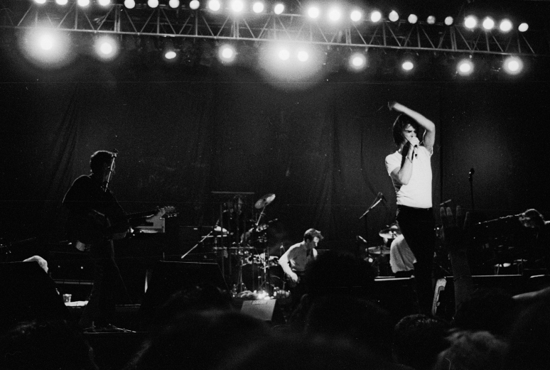 vg a051 bw 21 st 1998 nick cave and the bad seeds at rockwave festival - Copy