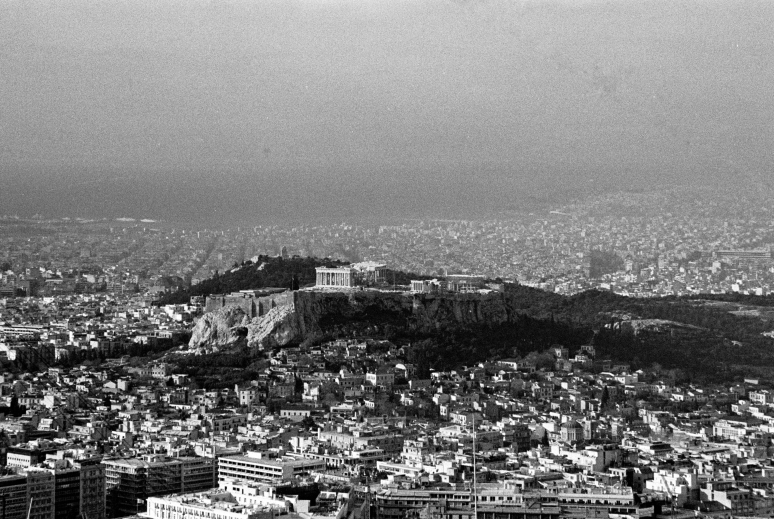 vg b328 bw 42 st 2003 Acropolis as seen from Lycabetus hill
