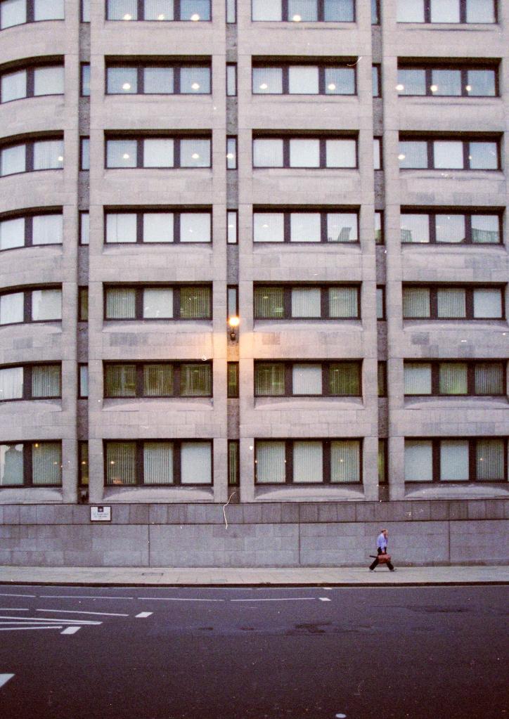 vg 285 col 27 London 2004