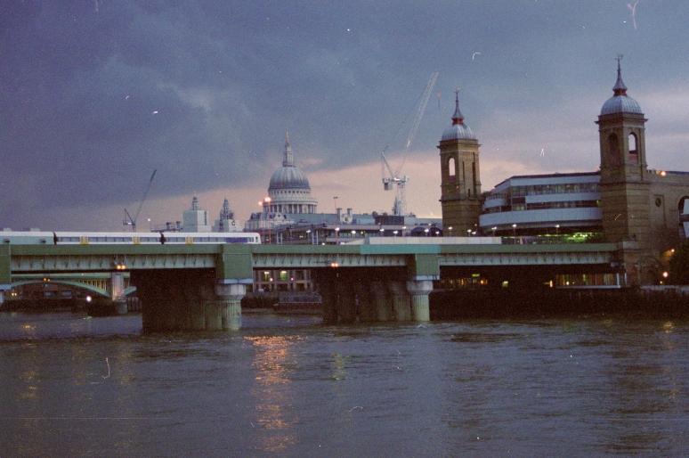 vg 288 col 01 London 2004