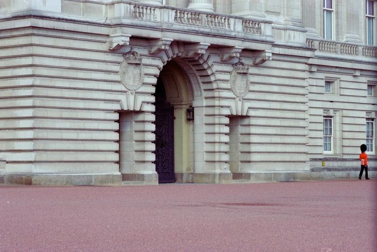 vg 294 col 18 London 2004